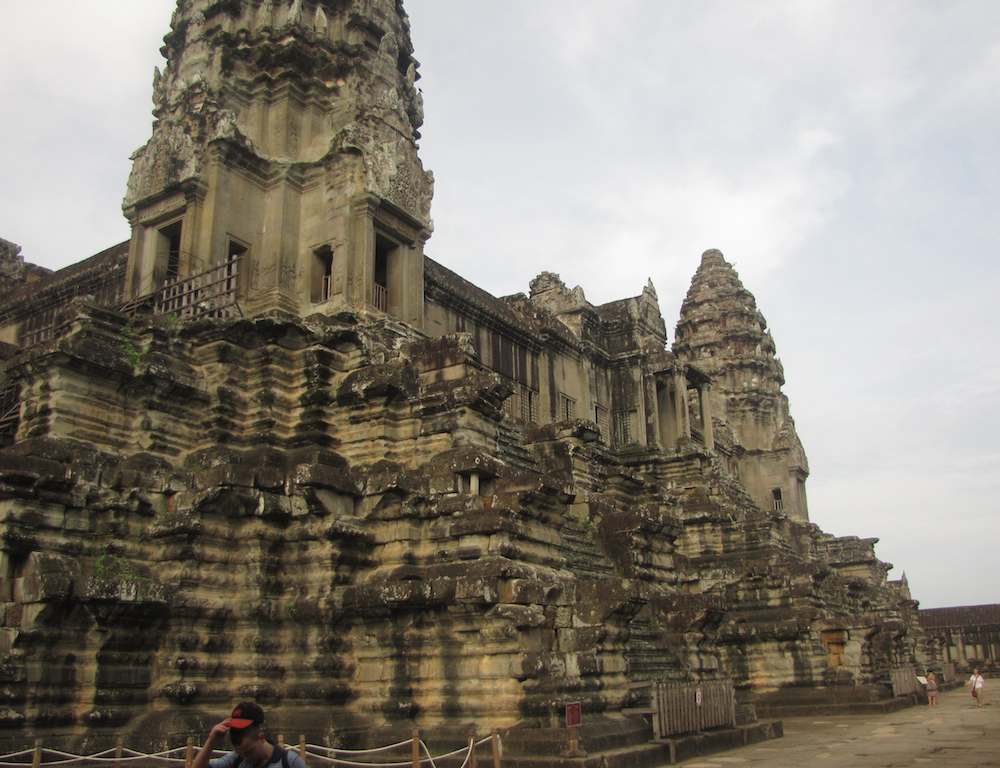 photo inside Angkor Wat
