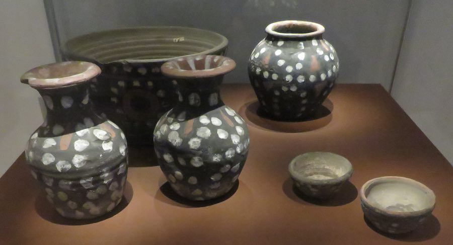6th-7th century funery painted clay pots